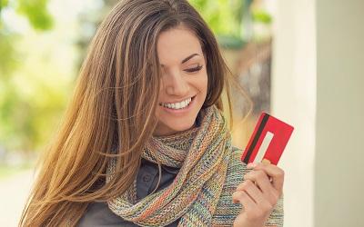Эксперты узнали, на что тратят бонусную прибыль владельцы карт