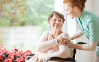 Пособие по уходу за пенсионерами старше 80 лет