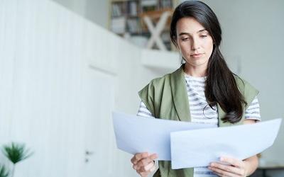 Смена фамилии: как поменять ПТС, права, полис и прочие документы?